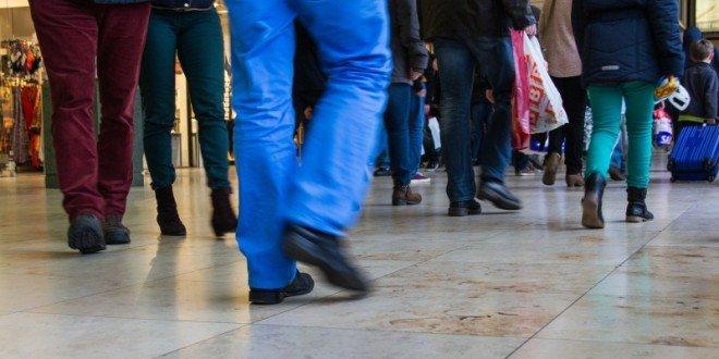 Продажа ювелирных изделий и часов розничными торговыми точками Великобритании в июле возрастает